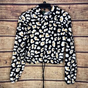 Wild Fable Leopard cropped fleece hoodie NWT m